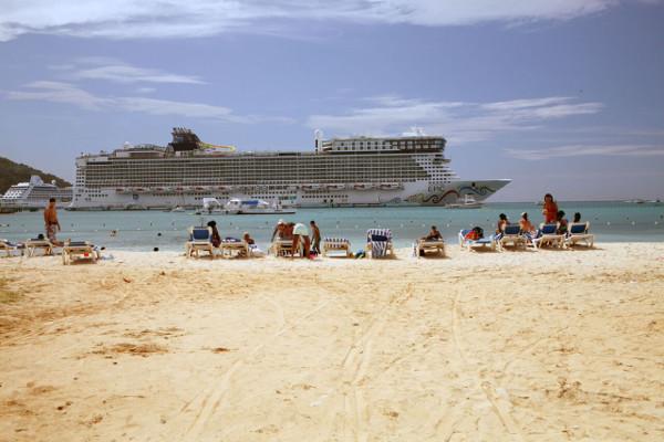 Visit Ocho Rios Bay Beach