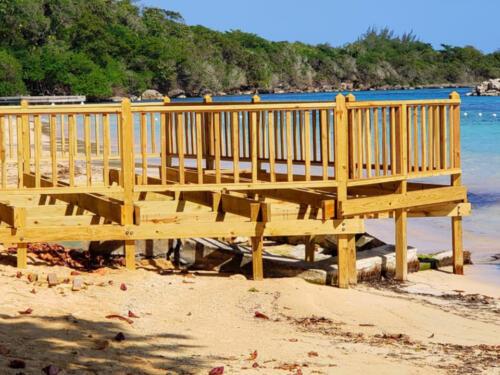 New-boardwalk-at-Dunn's-River-Beach